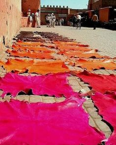 And then you bump into colorful leathers, put on a streetside for sunbathing! Morocco Travel, Africa Travel, Souk Marrakech, Mekka, Moroccan Interiors, Portugal, Moorish, North Africa, Old Pictures