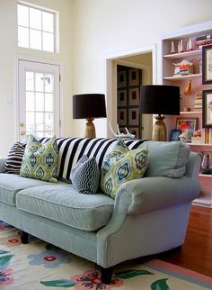 How To Arrange Sofa Pillows | Pillows, Southern living and Living ...