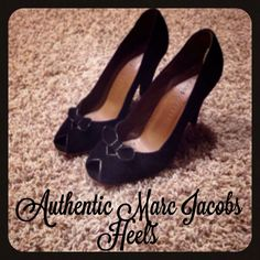 Marc Jacobs High Heeled Shoes With Bow