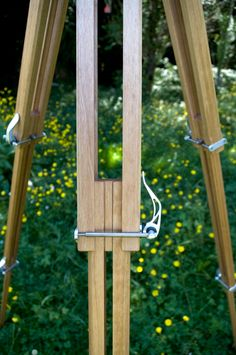 Tripod wooden clamp