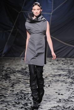Carolina Thaler for Gareth Pugh Fall 2012 RTW
