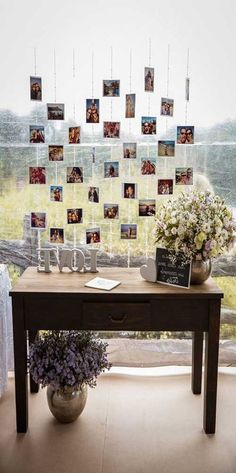 A simple and beautiful wedding decoration can be done without spending much. To help you, we list 49 beautiful ideas for you to copy into your ceremony. Trendy Wedding, Dream Wedding, Wedding Day, Wedding Simple, Unique Weddings, Pallet Wedding, Rustic Wedding, Wooden Pallets, Rustic Chic