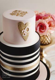 sparkl heart cake