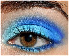 varios tonos de azul