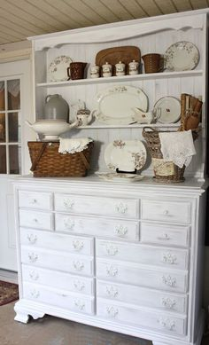 Room Decor You Can Make At Home farmhouse-style cupboard re-do with DecoArt Chalky Finish paint Country Decor, Rustic Decor, Country Charm, Country Life, Country Living, Farmhouse Style Kitchen, Farmhouse Decor, Painted Furniture, Diy Furniture
