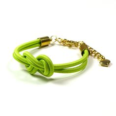 Knot Bracelet: DIY Inspiration--use for broken elastic headbands and ponytail holders