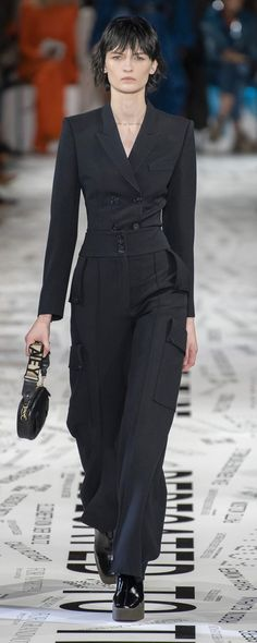 Stella Mccartney Fall-winter - Ready-to-Wear Stella Mccartney Dresses, Sandra Backlund, Christopher Bailey, Fashion Details, Fashion Trends, Dress Rings, Tracy Reese, Rachel Comey, Sonia Rykiel