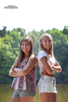 Alexis & Lauren | #senior #seniors #2015 #photography #ashleyraephotography #canon #pretty   ©Ashley Rae Photography