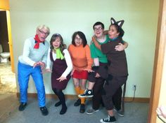 Halloween group costume - Scooby Doo Crew - DIY