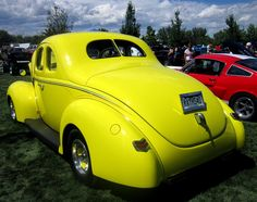 Good looking ride Art Deco Car, Ford Anglia, Henry Ford, Us Cars, Love Car, Street Rods, Custom Cars, Hot Wheels, Cars And Motorcycles