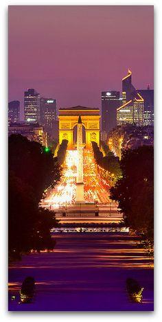 Champs Élysées, Jardin des Tuileries, Arc de Triomphe, La Défense, Paris, France