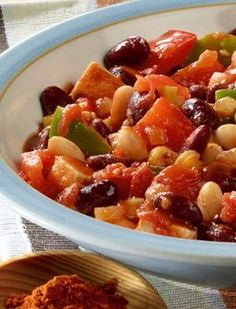 Chili geht auch vegetarisch! Chili sin carne: http://kochen.gofeminin.de/rezepte/rezept_chili-sin-carne_313040.aspx