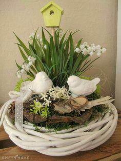 ♥ ~ ♥ Spring into Easter ♥ ~ ♥ Easter Flower Arrangements, Easter Flowers, Spring Flowers, Floral Arrangements, Deco Floral, Easter Table, Easter Wreaths, Spring Crafts, Easter Crafts