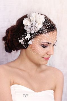 Thea | veil with silk flowers - MoaLove Accessories