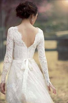 lace long sleeved wedding dresses. great for the fall wedding i want