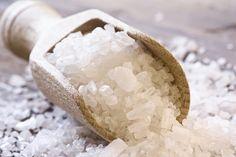 Le sel marin pour avoir des dents blanches