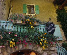 Balcony, Yvoire, France, (rain-s-child via beautiful portals)
