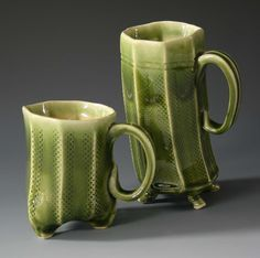 extruded pottery - simple feet and handles