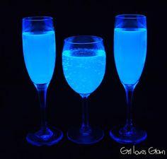How to Make Black Light Lemonade | Halloween Culture