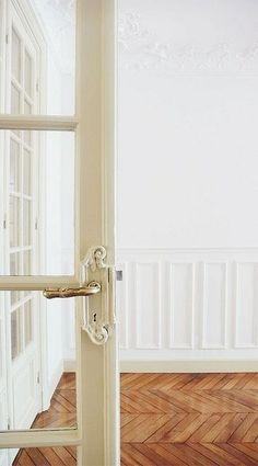 moulding and #interior design office #decoracao de casas #design bedrooms| http://homedecorationscollections.blogspot.com
