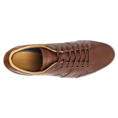 The Alisos 16 from Lacoste is a contemporary combination of perforated leather and suede. Great details like the press textured tongue, waxed laces and slim dot tread outsole add a quality feel while some neat sports styling and a burnished metal Lacoste crocodile finish this stylish shoe. Buy Online Now: http://www.himstr.com.au/lacoste-alisos-16-mens-shoes-brown