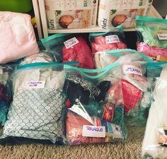 Mama-o Blog   Elenco utile (per davvero!) per la Borsa per il parto in Ospedale, in Casa Maternità o in Casa Diy Crafts To Sell, Breastfeeding, Kids Room, Pregnancy, Lunch Box, Maternity, Baby Boy, Baby Shower, Things To Sell