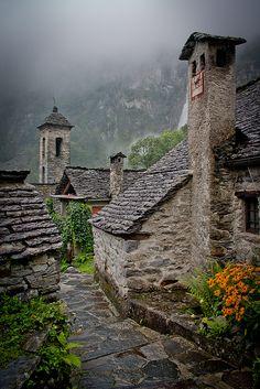 Rainy days in the Alps, Foroglio / Switzerland (by korzhkov).