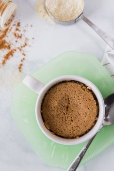 Dessert in 5 minutes? Gluten Free Cinnamon Mug Cake is an easy and tasty way to treat yourself! Gluten Free Cookies, Gluten Free Baking, Gluten Free Desserts, Spring Recipes, Winter Recipes, Cinnamon Mug Cake, Baking With Kids, Breakfast Bake, Biscuit Recipe