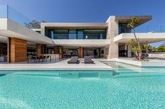 Luxury Modern Homes, Modern Mansion, Luxury Homes Dream Houses, Dream Homes, Dream Home Design, Modern House Design, Beverly Hills Houses, Modern Architecture House, California Architecture