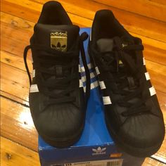 71cca9d8f0c01 7 Best Adidas shell toe images