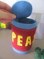 The Imperfect Housewife: Felt tin of peas