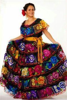 Chiapas Dress Love the skirt Mexican Costume, Mexican Outfit, Mexican Dresses, Mexican Style, Mexican Clothing, Traditional Mexican Dress, Traditional Dresses, Mexican Fashion, Ethnic Fashion