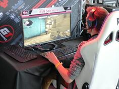 Looking for a New Gaming Monitor? In this, You Will Find a Complete Guide on How To Buy a Gaming Monitor. Gaming Headset, Gaming Computer, Best Wireless Router, Online Video Games, Video Game Music, Best Headphones, Shooting Games, Gaming Accessories, Noise Cancelling Headphones