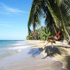 Say no to #snow. Protesting in #paradise at Punta Uva via @cindyruiter! #CostaRicaExperts #CostaRica