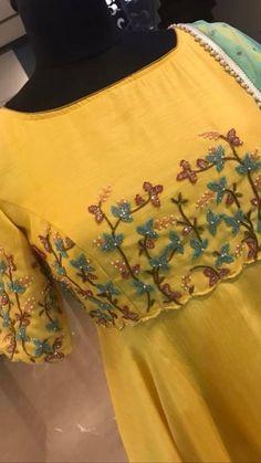 Designer Anarkali Dresses, Designer Party Wear Dresses, Dress Neck Designs, Fancy Blouse Designs, Churidar, Kurti, New Dress Design Indian, Gold Color Dresses, Elf Hair