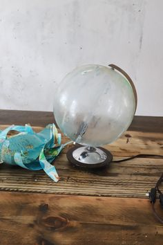 upcycling vintage globus lampe doitbutdoitnow diy 39 s doitbutdoitnow pinterest. Black Bedroom Furniture Sets. Home Design Ideas
