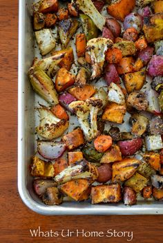 compliant breakfast hash recipe with herb roasted vegetables and scrambled eggs Radish Recipes, Herb Recipes, Vegetable Recipes, Whole Food Recipes, Vegetarian Recipes, Healthy Recipes, Healthy Foods, Vegetable Hash Recipe, Meatless Whole 30 Recipes
