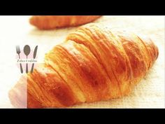 Making and Baking Classic French Croissants. How to make croissants step by step and see the croissants bake in an amazing time lapsed oven shot! Easy Croissant Recipe, Chocolate Croissant Recipe, Le Croissant, Best Steak Fajitas, Steak Fajita Recipe, Donut Recipes, Baking Recipes, Bread Recipes, Anna Olson