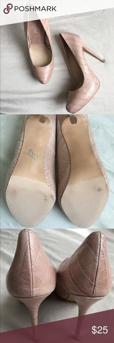 "Zara shoes heels snake print light pink/nude 39 Beautiful worn ONCE Zara snake print pumps.   Size 39  Light pink  Heels 5""  PERFECT CONDITION Zara Shoes Heels"