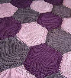 Kesan Lapsi (blanket) by Villaviidakko Design via Ravelry - free pattern (English translation)