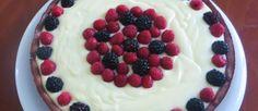Crostata di crema, more e lamponi