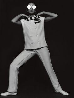 Fashion of the 1960s  Pantsuit by André Courrèges  F.C. Gundlach  Paris 1965  in: Constanze Modeheft F/S 1965