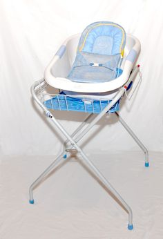 Purchasing An Infant Bath Tub/Bath seat - it\'s BABY time!   Ember ...
