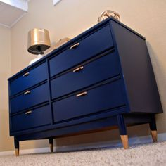 Navy blue and gold mid-century dresser redo Furniture Legs, Paint Furniture, Furniture Projects, Furniture Makeover, Furniture Design, Dipped Furniture, Wood Projects, Navy Blue Furniture, Furniture Websites