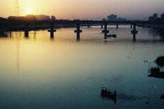 """""""Rio Tigre"""". # Bagdá, Iraque."""