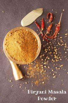 Biryani masala powder is a blend of authentic Indian spices. The flavor of your biryani masala powder determines how flavorful your biryani will turn out to be. Masala Powder Recipe, Masala Recipe, Podi Recipe, Homemade Spices, Homemade Seasonings, Healthy Vegan Snacks, Easy Healthy Recipes, Vegan Jerky, Tandoori Masala