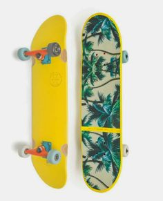geel-skatebord-palmbomen