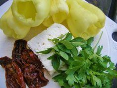 V kuchyni vždy otevřeno ...: Papriky na gril plněné balkánskou směsí