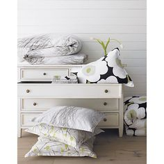 Marimekko Heina Natural Full/Queen Duvet Cover in Duvet Covers | Crate and Barrel