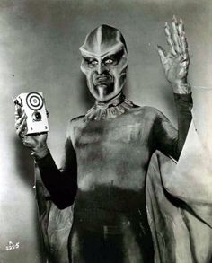 dropboxofcuriosities:  The Outer Limits, 1963.